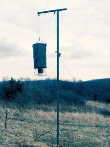 bear-resistant deer feeder